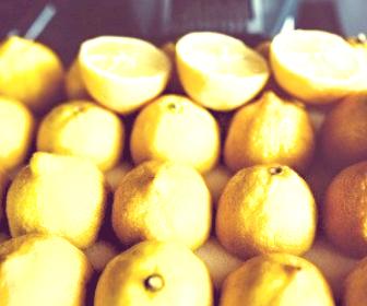 生ビタミンC美容液 コメルスエッセンス使用5ヶ月後、加齢による黄ぐすみが消えて透明感を実感
